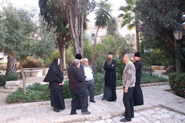 Во дворике Сергиевского подворья ИППО. © Иерусалимское отделение ИППО