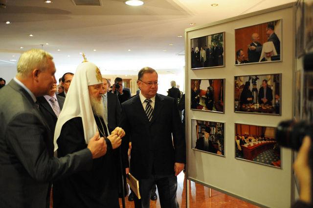 Осмотр фотовыставки ИППО. @ Департамент информации Счетной Палаты РФ