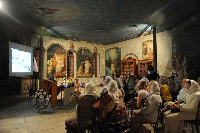 Сергиевские чтения на Сергиевском подворье для группы паломников из Санкт-Петербурга © Иерусалимское отделение ИППО