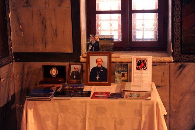 Уголок памяти духовника Иерусалимского отделения ИППО - протоиерея Василия Ермакова Фото © Иерусалимское отделение ИППО. 9 мая 2011 года