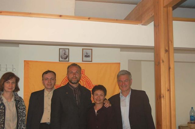 Члены Нижегородского и Иерусалимского отделений в офисе Иерусалимского отделения ИППО в 2006 г.