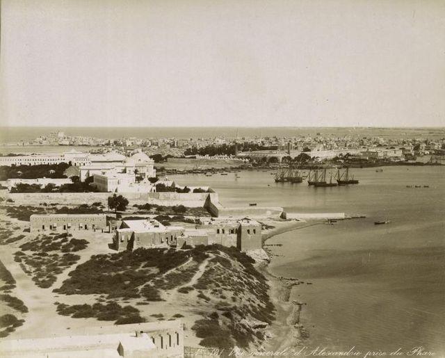 Общий вид на Александрийский порт.